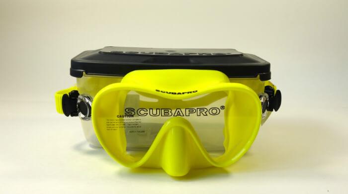 Маска Scubapro Trinidad 3 желтая - фото вида спереди