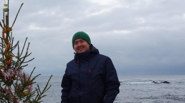 Фото Виктора Подсухина зимой у моря